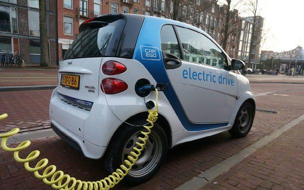 2018: venda de carros elétricos ao rubro
