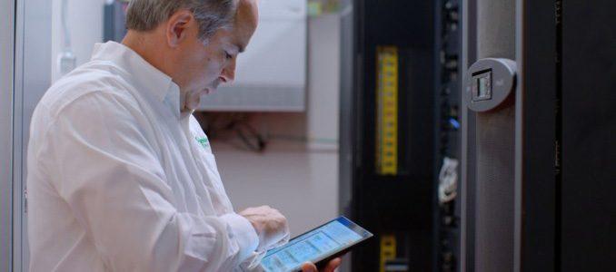 Schneider Electric analisa transição energética e o futuro das redes elétricas no Innovation Summit